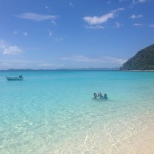 The beatuifully turquoise water at White Bay, JVD